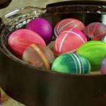 18 Εύκολοι Τρόποι για να Δημιουργήσετε τα Πιο Όμορφα Πασχαλινά Αυγά που Έχετε Δει!