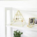 DIY φανταστική Πυραμίδα για να κρεμάτε τα Σκουλαρίκια σας!