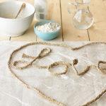 Πώς θα φτιάξετε μικρά έργα τέχνης με σκοινί, αλεύρι, κόλλα και αλάτι!
