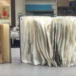Πώς να σώσεις ένα βρεγμένο βιβλίο από το φούσκωμα