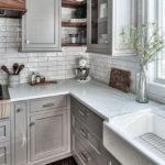 Πόσο συχνά πρέπει να καθαρίζεις τα ντουλάπια στην κουζίνα σου;