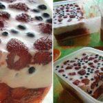 Γλυκό ψυγείου με ξινόκρεμα και ζελέ από πολτό φρούτων