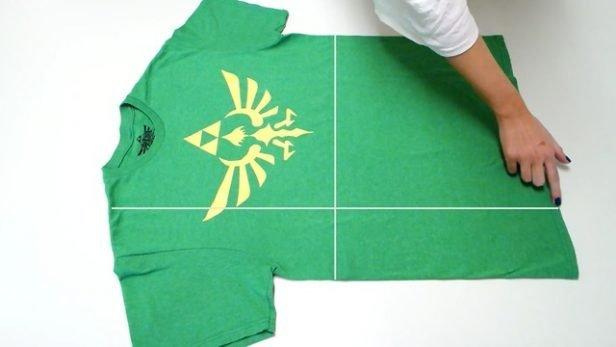 Πώς να διπλώσεις ένα T-shirt