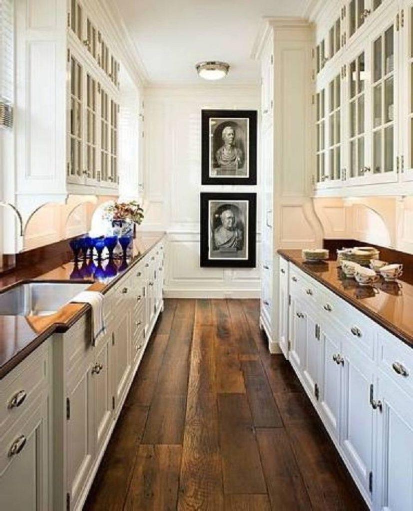 ξύλινη μικρή κουζίνα