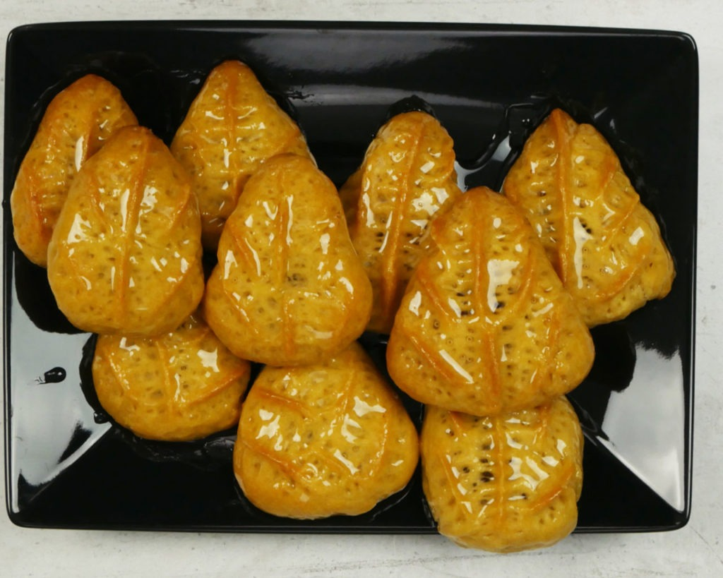 Τα γεμιστά μελομακάρονα – Ισλί: σιροπιαστό Ποντιακό γλυκό. Συνταγή της γιαγιάς