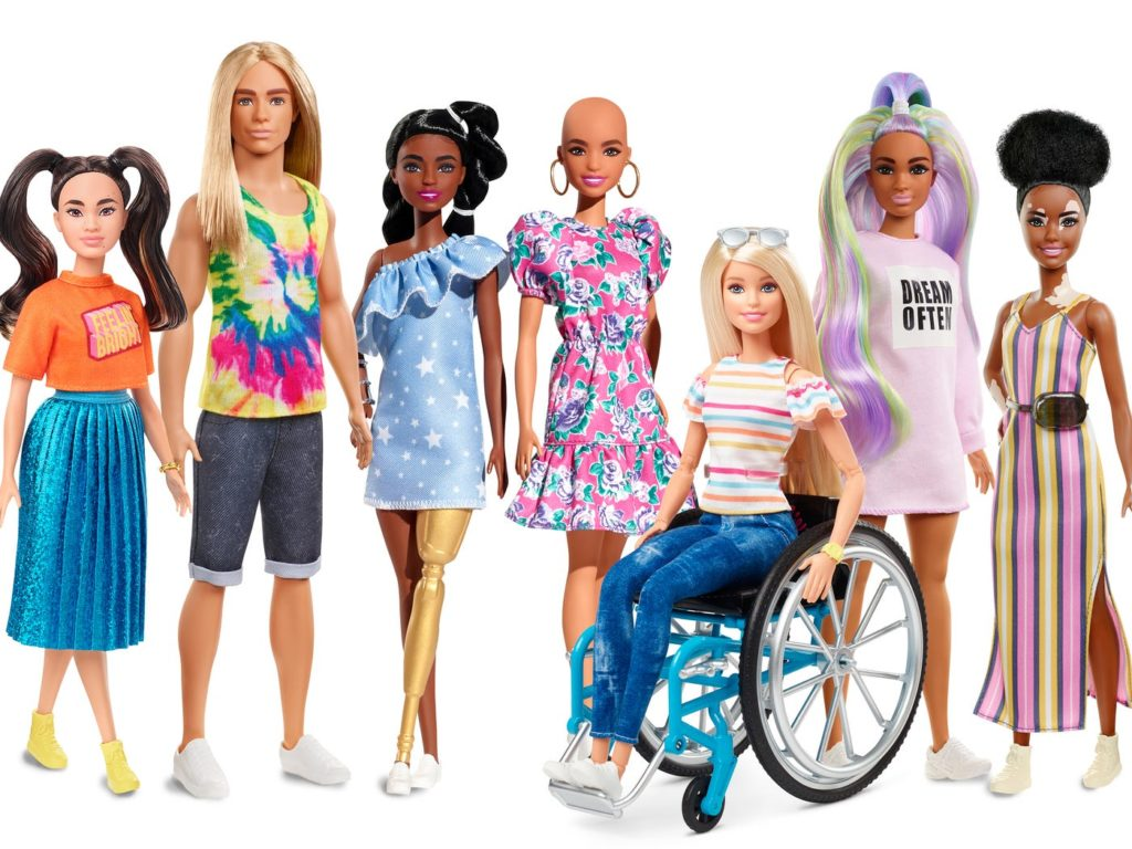 Πώς ήταν η Κούκλα Barbie ανάλογα με την χρονιά που γεννήθηκες!